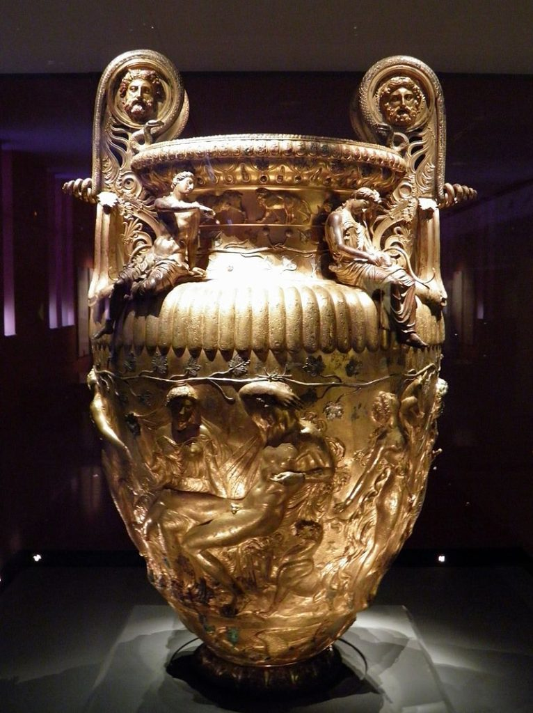 The_Derveni_krater,_late_4th_century_B.C.,_side_A,_Dionysus_and_Ariadne,_Archaeological_Museum,_Thessaloniki,_Greece_(7457851940)